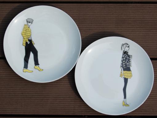 assiettes-dessert-mecs nanas peinture sur porcelaine