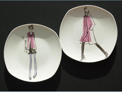 assiettes-dessert-rose mode peinture sur porcelaine
