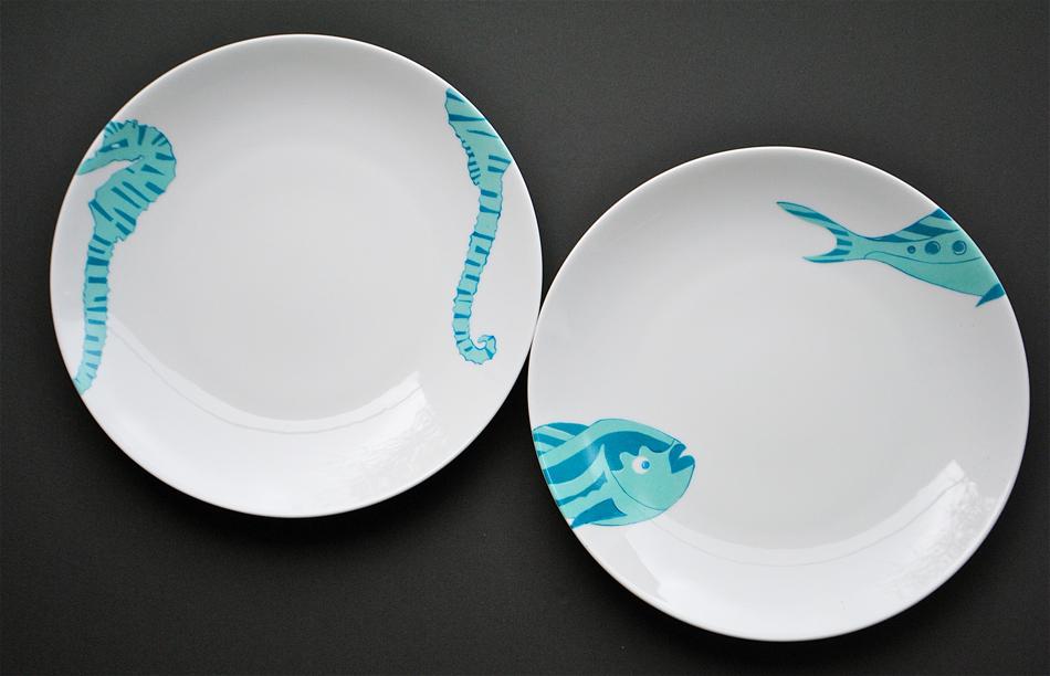 assiettes poissons turquoise peinture sur porcelaine