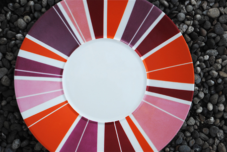 plat rond rayures roses pourpre rouge